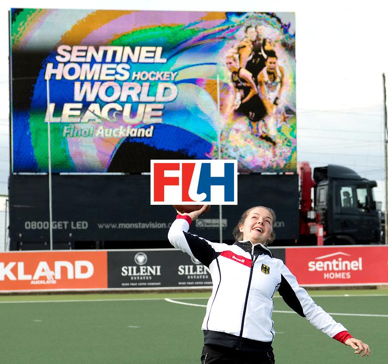 AUCKLAND - Sentinel Hockey World League final women<br /> Match id 10298<br /> Germany playing rugby.<br /> WORLDSPORTPICS COPYRIGHT FRANK UIJLENBROEK