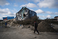 A habitation in the migrants camp. Calais, France. FEDERICO SCOPPA/CAPTA