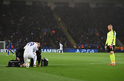 Kasper Schmeichel of Leicester City shakes his head and watches on as Federico Santander of FC Copenhagen gets treatment.  - Mandatory by-line: Alex James/JMP - 10/01/2014 - FOOTBALL - King Power Stadium - Leicester, England - Leicester City v FC Copenhagen - UEFA Champions League