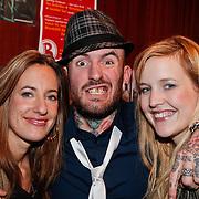 NLD/Breda/20110202 - 100% NL Showcase met The Voice of Holland artiesten, Kim de Boer, winnaar Ben Saunders en Leonie Meijer