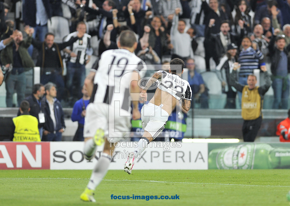 Dani Alves of Juventus celebrates scoring their second goal during the UEFA Champions League semi final, second leg at Juventus Stadium, Turin<br /> Picture by Stefano Gnech/Focus Images Ltd +39 333 1641678<br /> 09/05/2017