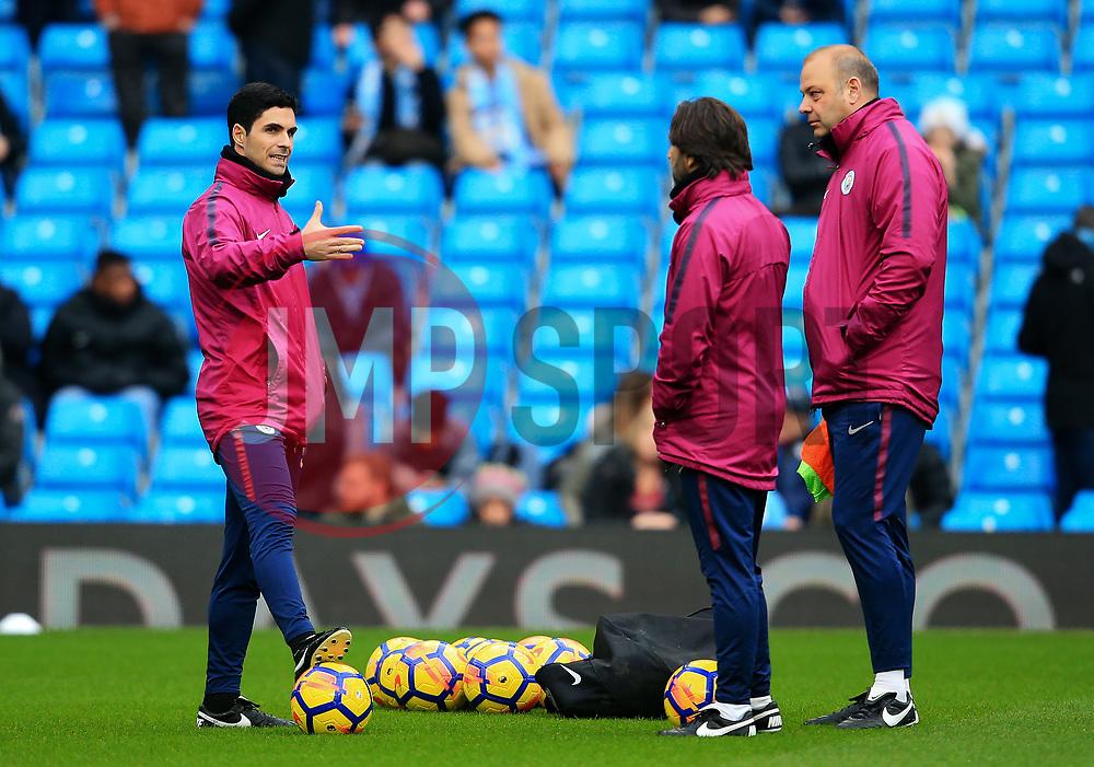 Manchester City coach Mikel Arteta talks with colleagues Rodolfo Borrell and Lorenzo Buenaventura - Mandatory by-line: Matt McNulty/JMP - 23/12/2017 - FOOTBALL - Etihad Stadium - Manchester, England - Manchester City v Bournemouth - Premier League