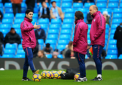Manchester City coach Mikel Arteta talks with colleagues Rodolfo Borrell and Lorenzo Buenaventura - Mandatory by-line: Matt McNulty/JMP - 23/12/2017 - FOOTBALL - Etihad Stadium - Manchester, England - Manchester City v Bournemouth - Premier League
