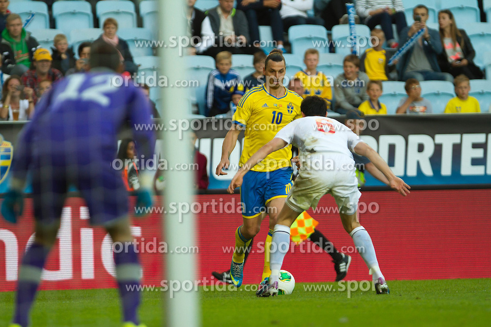 03.06.2013, Swedbankstadion, Malmoe, SWE, Testspiel, Schweden vs Mazedonien, im Bild, Sweden 10 Zlatan Ibrahimovic // during International Friendly Match between Sweden and Macedonia at the Swedbankstadion, Malmoe, Sweden on 2013/06/03. EXPA Pictures &copy; 2013, PhotoCredit: EXPA/ PicAgency Skycam/ Christer Thorel<br /> <br /> ***** ATTENTION - OUT OF SWE *****