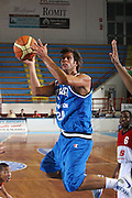 DESCRIZIONE : Porto San Giorgio Raduno Collegiale Nazionale Maschile Amichevole Italia Premier Basketball League<br /> GIOCATORE : Bruno Cerella<br /> SQUADRA : Nazionale Italia Uomini<br /> EVENTO : Raduno Collegiale Nazionale Maschile Amichevole Italia Premier Basketball League<br /> GARA : Italia Premier Basketball League<br /> DATA : 11/06/2009 <br /> CATEGORIA : tiro penetrazione<br /> SPORT : Pallacanestro <br /> AUTORE : Agenzia Ciamillo-Castoria/C.De Massis<br /> Galleria : Fip Nazionali 2009<br /> Fotonotizia :  Porto San Giorgio Raduno Collegiale Nazionale Maschile Amichevole Italia Premier Basketball League<br /> Predefinita :