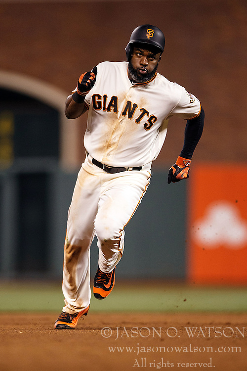 SAN FRANCISCO, CA - APRIL 18: Denard Span #2 of the San Francisco Giants runs to third base after hitting a triple against the Arizona Diamondbacks during the eighth inning at AT&T Park on April 18, 2016 in San Francisco, California. The Arizona Diamondbacks defeated the San Francisco Giants 9-7 in 11 innings.  (Photo by Jason O. Watson/Getty Images) *** Local Caption *** Denard Span