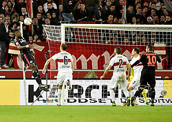 30.12.2015, Mercedes Benz Arena, Stuttgart, GER, 1. FBL, VfB Stuttgart vs Hamburger SV, 19. Runde, im Bild Kopfball Torchance von Johan Djourou HSV Hamburg Hamburger SV gegen Georg Niedermeier VfB Stuttgart // during the German Bundesliga 19th round match between VfB Stuttgart and Hamburger SV at the Mercedes Benz Arena in Stuttgart, Germany on 2015/12/30. EXPA Pictures © 2016, PhotoCredit: EXPA/ Eibner-Pressefoto/ Weber<br /> <br /> *****ATTENTION - OUT of GER*****