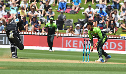 Pakistan's Mohammad Nawaz, right, fails to run out New Zealand's Ross Taylor in the fifth one day International Cricket match, Basin Reserve, Wellington, New Zealand, Friday, January 19, 2018