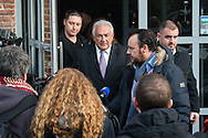 Dominique Strauss Kahn quitte son h&ocirc;tel &agrave; Lille pour se rendre au tribunal, dans le cadre du proc&egrave;s de prox&eacute;n&eacute;tisme aggrav&eacute; dit de &quot;l'affaire du Carlton&quot;. Le 18 f&eacute;vrier 2015 <br /> Former IMF chief Dominique Strauss-Kahn leaves his hotel on February 18, 2015, in the northern French city of Lille to attend a session on the third week of the so-called &quot;Lille Carlton Hotel Case&quot; trial. On february 17th 2015