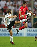 v.l. Torsten Frings, Maciej Zurawski Polen<br /> Fussball WM 2006 Deutschland - Polen<br /> Tyskland - Polen<br /> Norway only