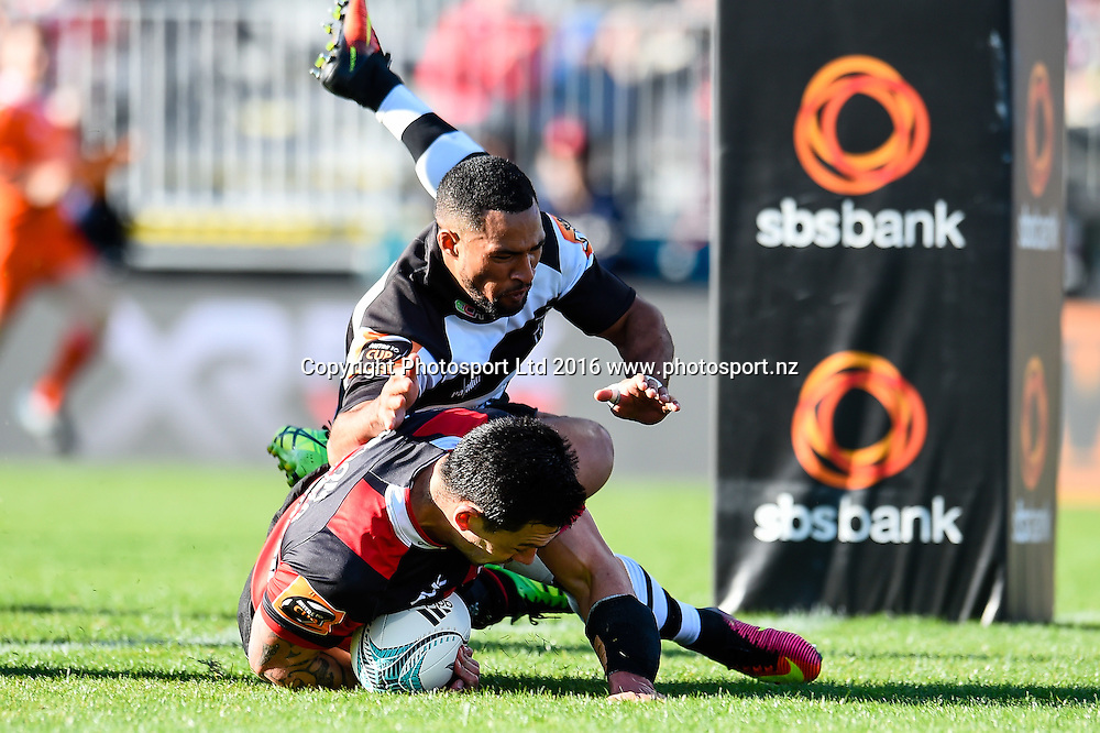 Rob Thompson of Canterbury scores a try in the tackle of Ryan Tongia of Hawke's Bay during the Mitre 10 Cup Rugby Match, Canterbury V Hawkes Bay, AMI Stadium, Christchurch, New Zealand. 11th September 2016. Copyright Photo: John Davidson / www.photosport.nz