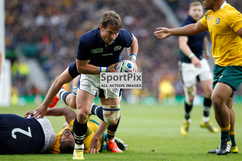 TWICKENHAM, ENGLAND - OCTOBER 18:  Peter Horne breaks for a try during the 2015 Rugby World Cup quarter final between Scotland and Australia at Twickenham Stadium on October 18, 2015 in London, England. (Credit: SAM TODD | SportPix.org.uk)