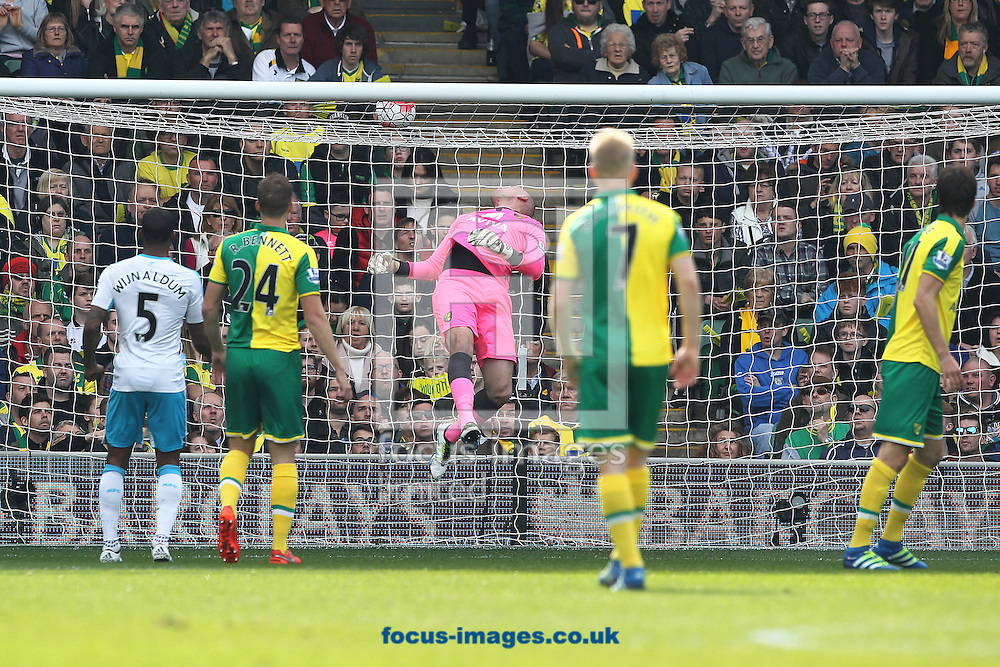 John Ruddy of Norwich watches a header from Papiss Cisse of Newcastle United narrowly miss during the Barclays Premier League match at Carrow Road, Norwich<br /> Picture by Paul Chesterton/Focus Images Ltd +44 7904 640267<br /> 02/04/2016