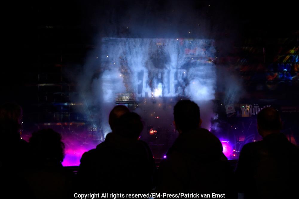 DJ's van Radio 2 maken de de top 3 van de Top 2000 bekend bij Beeld en Geluid in Hilversum. Dit jaar staat Queen met Bohemian Rhapsody weer op nummer 1, Hotel California'- Eagles op 2  'Stairway To Heaven' - Led Zeppelin op 3. Dit jaar is er een recordaantal stemmen uitgebracht, namelijk 6,5 miljoen.