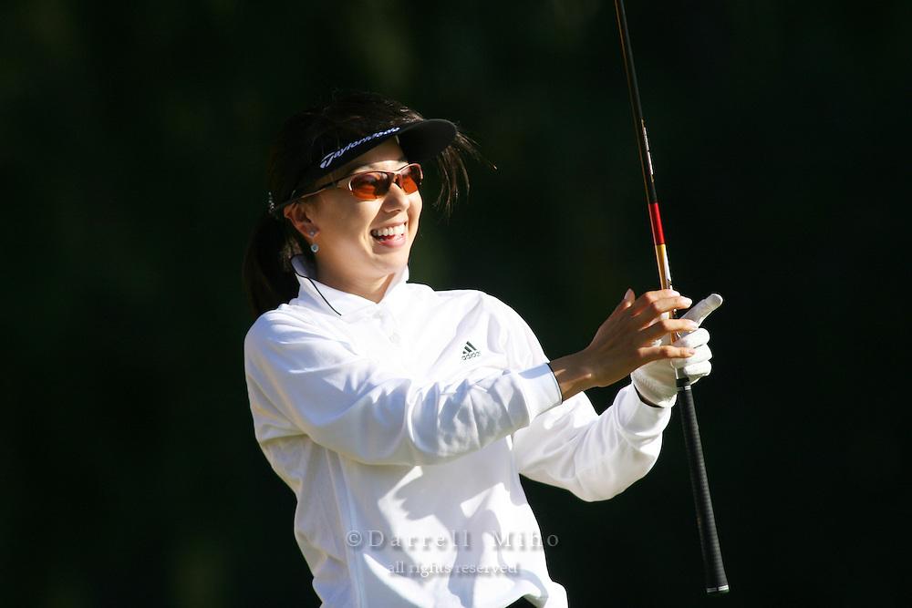 February 16, 2006 - Kahuku, HI - Riko Higashio watches her tee shot during Round 1 of the LPGA SBS Open at Turtle Bay Resort...Photo: Darrell Miho