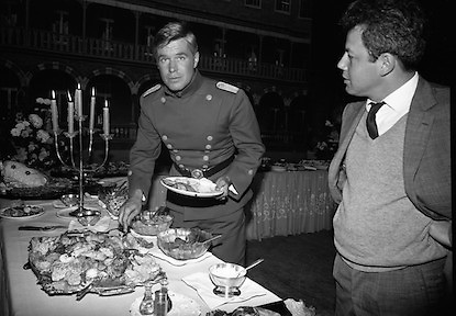 "A special screening of the battle scenes from the film 'The Blue Max'  at Ardmore Studios, Bray, Co. Wicklow. George Peppard at the buffet lunch, in the uniform of a World War 1 German fighter ""Bruno Stachel'..16.09.1965"