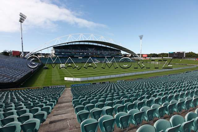 The North Harbour Stadium in Auckland has a capacity of 30.000 seats for the Rugby WC 2011, pool matches with the teams of France, Japan, Australia, Italy, South Africa, Namibia, Samoa will be played there