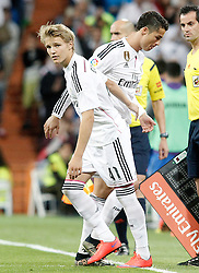 23.05.2015, Estadio Santiago Bernabeu, Madrid, ESP, Primera Division, Real Madrid vs FC Getafe, 38. Runde, im Bild Real Madrid's Odegaard (l) and Cristiano Ronaldo // during the Spanish Primera Division 38th round match between Real Madrid CF and Getafe FCat the Estadio Santiago Bernabeu in Madrid, Spain on 2015/05/23. EXPA Pictures &copy; 2015, PhotoCredit: EXPA/ Alterphotos/ Acero<br /> <br /> *****ATTENTION - OUT of ESP, SUI*****