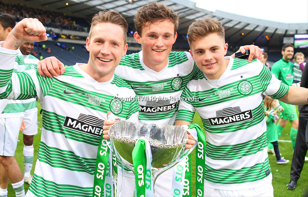 15.03.2015.  Hampden Park, Glasgow, Scotland. Scottish League Cup Final. Dundee United versus Celtic. Kris Commons, Liam Henderson and James Forrest celebrate with the trophy