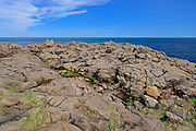 Rocky shoreline along the Bay of Fundy on the Digby Neck<br /> Brier Island<br /> Nova Scotia<br /> Canada