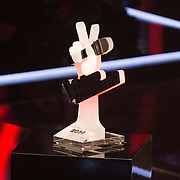 NLD/Hilversum/20141219- Finale The Voice of Holland 2014, troffee