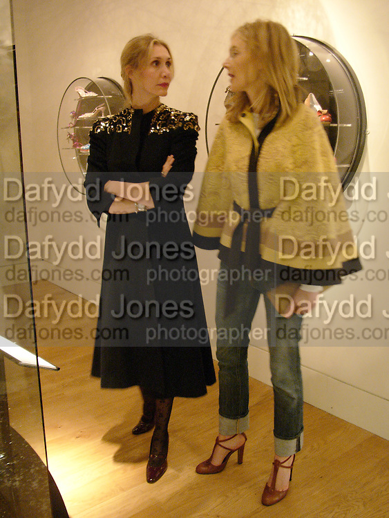 Allegra Hicks and Kim Hersov, Party hosted by Alexandra Shulman, Rupert Hambro and Prof  Jack Lohman to open 'The London Look, Fashion from Street to Catwalk', Museum of London. ONE TIME USE ONLY - DO NOT ARCHIVE  © Copyright Photograph by Dafydd Jones 66 Stockwell Park Rd. London SW9 0DA Tel 020 7733 0108 www.dafjones.com