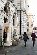 25 January 2017: KCOM cream telephone boxes that are unique to Hull, East Yorkshire. Seven of them have listed status including these in Lowgate in Hull city centre.<br /> Picture: Sean Spencer/Hull News & Pictures Ltd<br /> 01482 210267/07976 433960<br /> www.hullnews.co.uk         sean@hullnews.co.uk