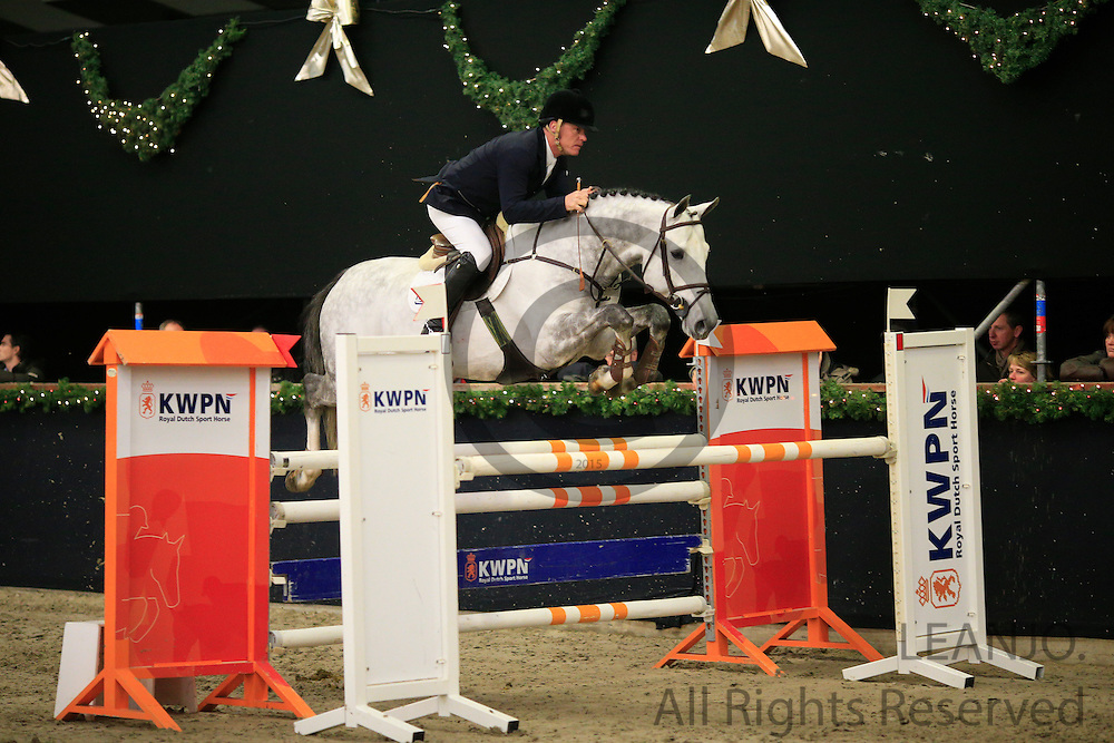 John Popely - Bugatti VDL<br /> KNHS/KWPN GMB Hengstencompetitie Roosendaal 2012<br /> © DigiShots