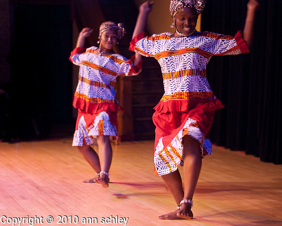 Tibambe performs at African Nights
