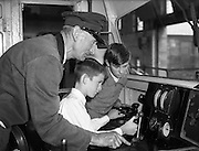 10/09/1959<br /> 09/10/1959<br /> 10 September 1959 <br /> Schoolboys visit Engine Repair Shop at C.I.E., Inchicore, Dublin.