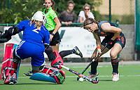 St.-Job-In 't Goor / Antwerpen -  Nederland Jong Oranje Dames (JOD) - Groot Brittannie (7-2). Michelle Fillet (Ned) met Louisa Bray (GB).  COPYRIGHT  KOEN SUYK