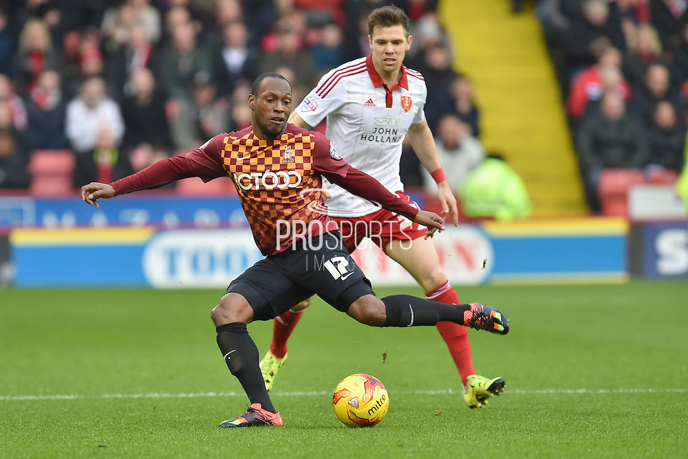 Kyel Reid of Bradford City and Dean Hammond of Sheffield United during the Sky Bet League 1 match between Sheffield Utd and Bradford City at Bramall Lane, Sheffield, England on 28 December 2015. Photo by Ian Lyall.