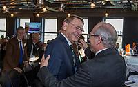 UTRECHT -  aftredend president, Willem Zelsmann, met bestuurslid Alfred Levi (r)    Algemene Ledenvergadering van de Nederlandse Golf Federatie NGF.   COPYRIGHT KOEN SUYK