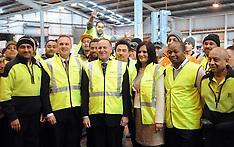 Auckland-Prime Minister John Key visits Foodstuffs