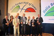 DESCRIZIONE : Monza Vila Reale Italia Basket Hall of Fame<br /> GIOCATORE : Corsolini, Gavagnin, Riorito, Cappellari, Taurisano, Brumatti, Persi, Bagoncelli, Tracuzzi<br /> SQUADRA : FIP Federazione Italiana Pallacanestro <br /> EVENTO : Italia Basket Hall of Fame<br /> GARA : <br /> DATA : 29/06/2010<br /> CATEGORIA : Premiazione<br /> SPORT : Pallacanestro <br /> AUTORE : Agenzia Ciamillo-Castoria/M.Gregolin