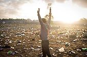 Glastonbury Clean Up/Morning