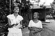 W.G.N Sandarenu och W.G Dayawathi, Sri Lanka..NOT FOR COMMERCIAL USE UNLESS PRIOR AGREED WITH PHOTOGRAPHER. (Contact Christina Sjogren at email address : cs@christinasjogren.com )