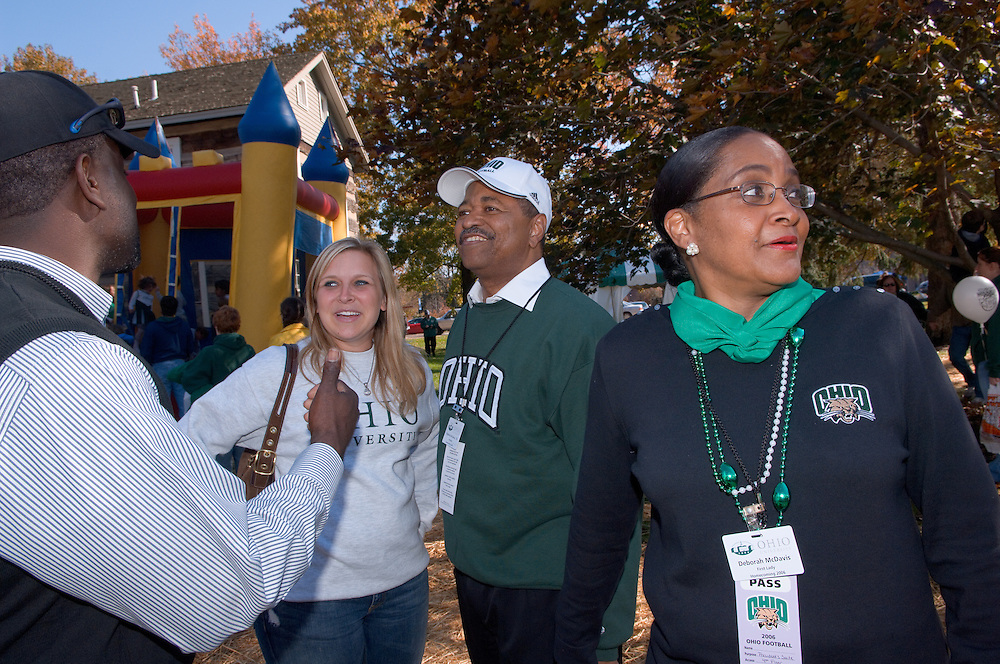 17904Homecoming 2006 10/20/06: Tailgreat...Jenn Heisey