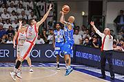 DESCRIZIONE : Campionato 2014/15 Serie A Beko Dinamo Banco di Sardegna Sassari - Grissin Bon Reggio Emilia Finale Playoff Gara4<br /> GIOCATORE : David Logan<br /> CATEGORIA : Tiro Tre Punti Three Point Controcampo<br /> SQUADRA : Dinamo Banco di Sardegna Sassari<br /> EVENTO : LegaBasket Serie A Beko 2014/2015<br /> GARA : Dinamo Banco di Sardegna Sassari - Grissin Bon Reggio Emilia Finale Playoff Gara4<br /> DATA : 20/06/2015<br /> SPORT : Pallacanestro <br /> AUTORE : Agenzia Ciamillo-Castoria/L.Canu