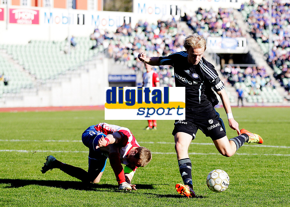 Fotball<br /> 1. runde i NM Cup<br /> Bislett Stadion , 01.05.12<br /> Lyn - V&aring;lerenga<br /> H&aring;vard Nielsen setter inn en null , Mads Dahm bukker<br /> Foto: Eirik F&oslash;rde