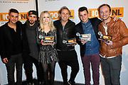 100% NL Awards in Club Ziggo, Amsterdam.<br /> <br /> op de foto:  Niels Geusebroek (Nieuwkomer van het jaar), Ilse DeLange (Artiest van het jaar) en John Ewbank (nam de prijs Album van het jaar in ontvangst namens Marco Borsato) , Nielson (Hit van het jaar) , Ivar Oosterloo en Wudstik - Jermain van der Bogt