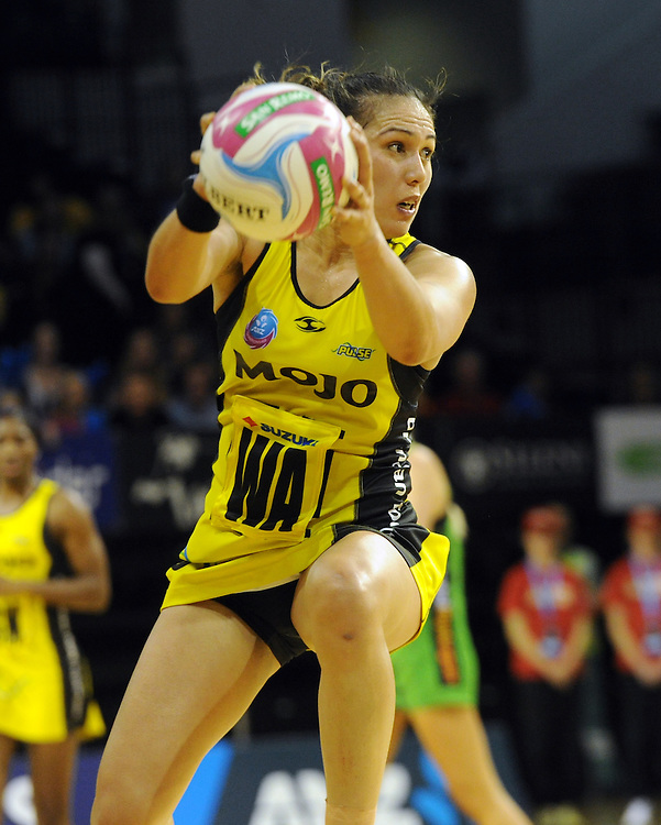 Pulse's Liana Leota against the Fever in the ANZ Netball Championship, TSB Bank Arena, Wellington, New Zealand, Sunday, April 19, 2015. Credit:SNPA / Ross Setford