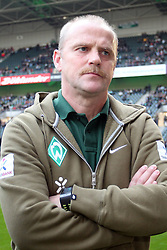 19.11.2011, BorussiaPark, Mönchengladbach, GER, 1.FBL, Borussia Mönchengladbach vs SV Werder Bremen, im BildThomas Schaaf (Trainer Werder Bremen) // during the 1.FBL, Borussia Mönchengladbach vs Werder Bremen on 2011/11/19, BorussiaPark, Mönchengladbach, Germany. EXPA Pictures © 2011, PhotoCredit: EXPA/ nph/ Mueller..***** ATTENTION - OUT OF GER, CRO *****