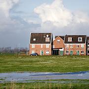 Nederland Groningen 22 november 2008 20081122 Foto: David Rozing ..Nieuwbouw woningen aan de rand van Groningen, westzijde,  gelegen tegen polder gebied/ groene omgeving. ..Foto David Rozing