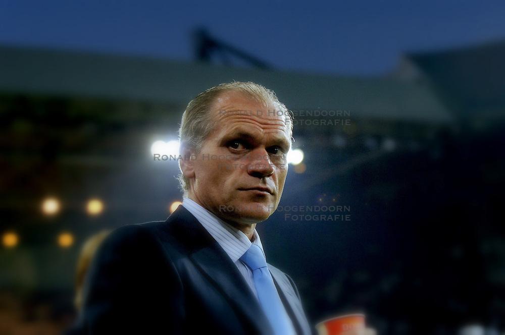 12-09-2006 VOETBAL: CHAMPIONS LEAGUE: PSV - LIVERPOOL: EINDHOVEN<br /> PSV en Liverpool eindigt zoals ze begonnen zijn 0-0 / Jan Wouters<br /> &copy;2006-WWW.FOTOHOOGENDOORN.NL