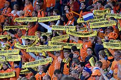 04-06-2014 NED: Vriendschappelijk Nederland - Wales, Amsterdam<br /> Nederland wint met 2-0 van Wales /  publiek, support Oranje