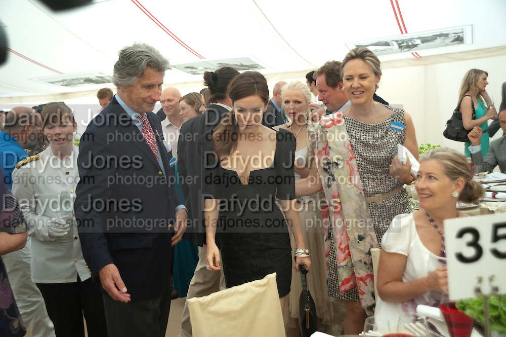 ARNAUD BAMBERGER; ANNA FRIEL; MRS. ARNAUD BAMBERGER, Cartier International Polo Day at the Guards Polo Club. Windsor. July 26  2009