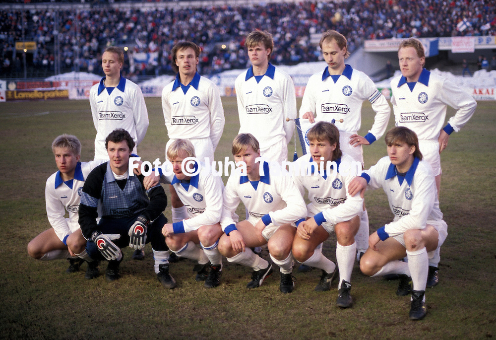 19.03.1986, Olympic Stadium, Helsinki, Finland..European Champions Cup, Quarter Final, 2nd leg match, FC Kuusysi v Steaua Bucuresti..FC Kuusysi line up, back row, left to right: Petri Tiainen, Jari Rinne, Jari Hudd, Esa Pekonen, Michael Carroll..Front row, l to r: Jyrki H?nnik?inen, Ismo Korhonen,  Juha Annunen, Jarmo Kaivonurmi, Ilkka Remes, Seppo Nordman..©Juha Tamminen