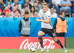 26.06.2016, Stade Pierre Mauroy, Lille, FRA, UEFA Euro 2016, Deutschland vs Slowakei, Achtelfinale, im Bild Toni Kroos (GER) // Toni Kroos (GER) during round of 16 match between Germany and Slovakia of the UEFA EURO 2016 France at the Stade Pierre Mauroy in Lille, France on 2016/06/26. EXPA Pictures © 2016, PhotoCredit: EXPA/ JFK