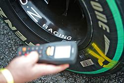 Detalhes do carro do piloto russo Vitaly Petrov após o Grande Prémio do Brasil de Fórmula 1, em Interlagos, São Paulo. FOTO: Jefferson Bernardes/Preview.com